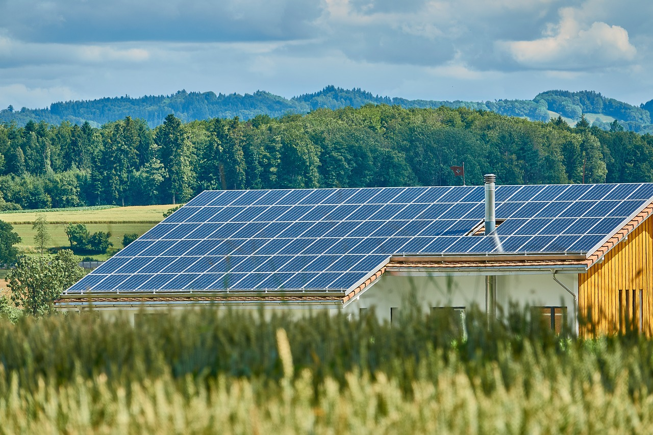 Solar-Energy-Roof-Solar-Power-Generation-2666770.jpg