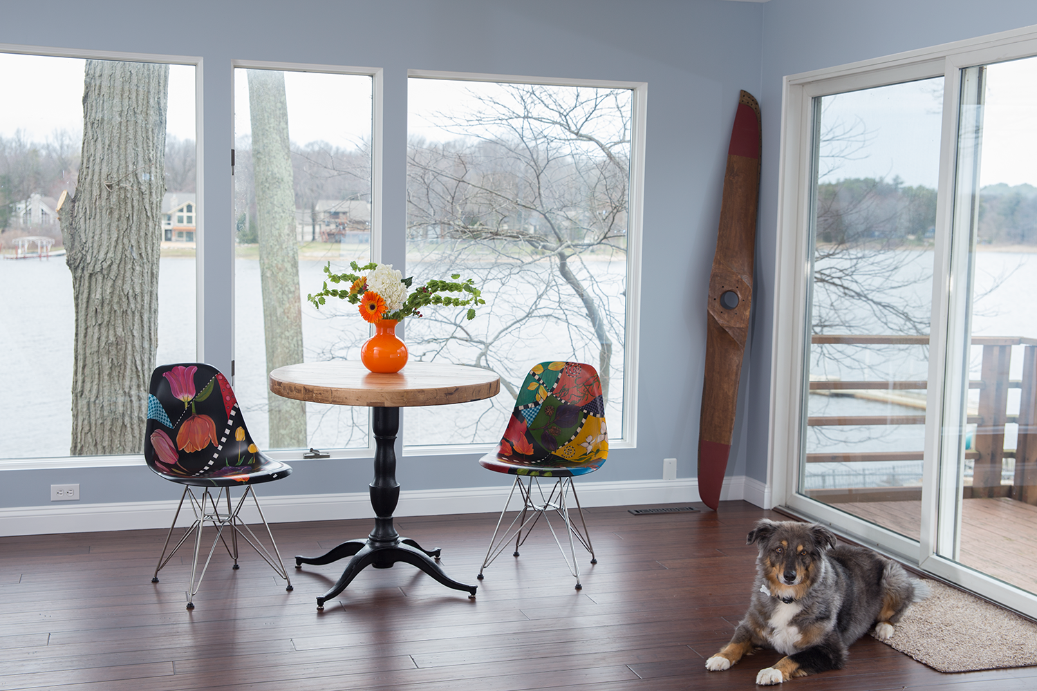 Howie Likes Denna's Eames Chairs