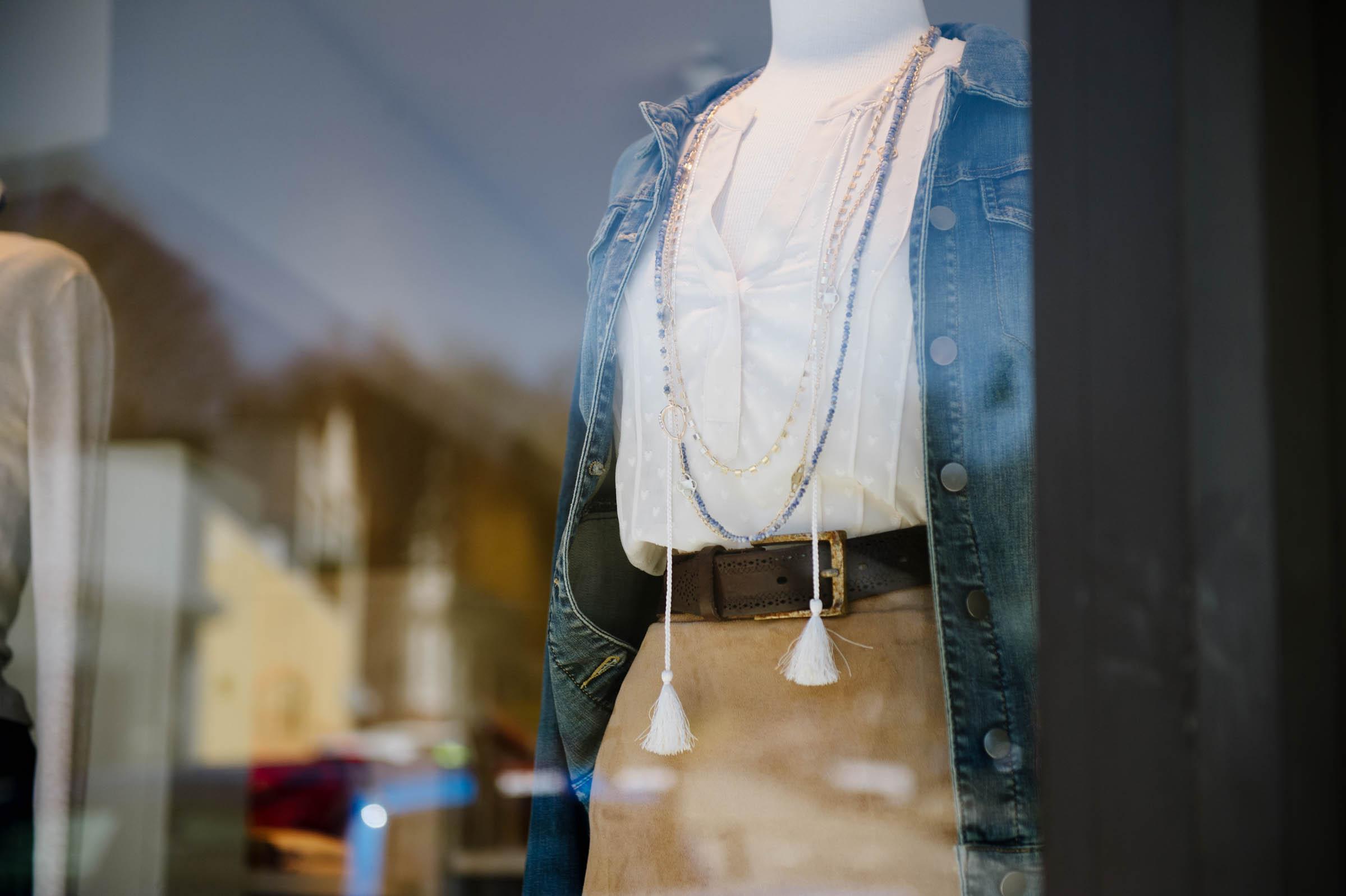 Boston_Shopping_Bessie_Blue015.JPG