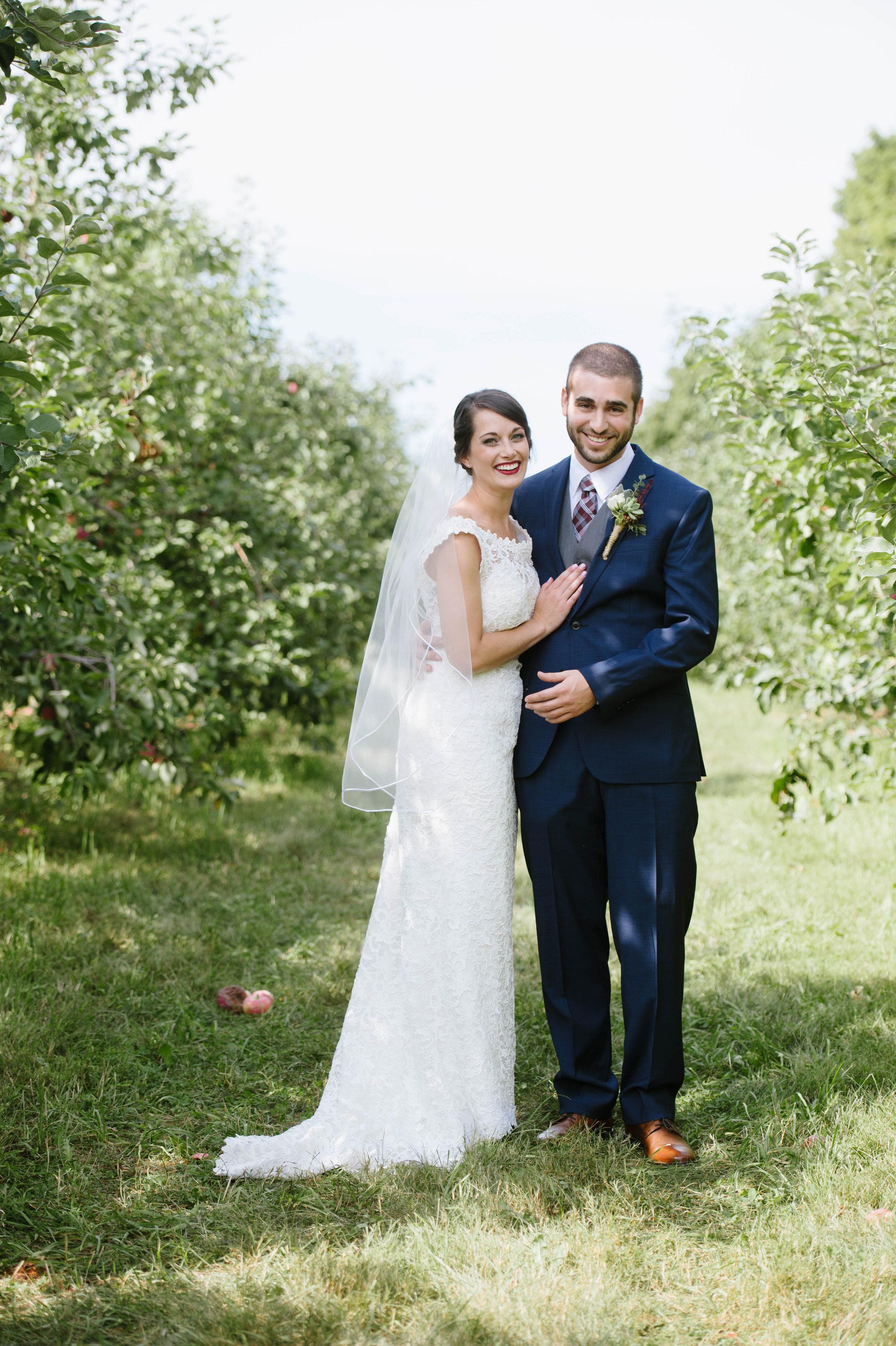 Quonquont-Farm-Unique_Wedding010.jpg
