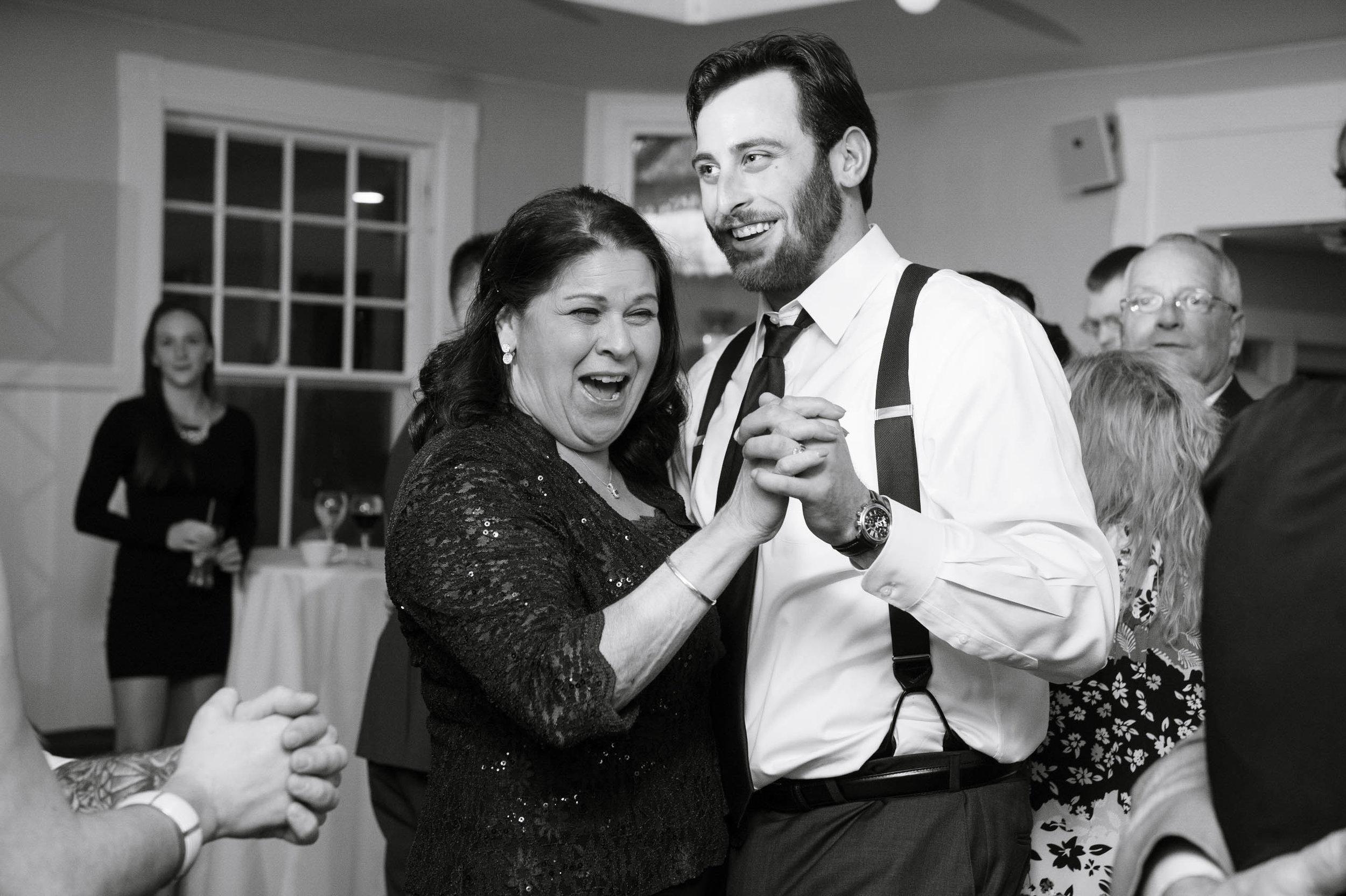 Masschusetts-Creative-Wedding26.jpg