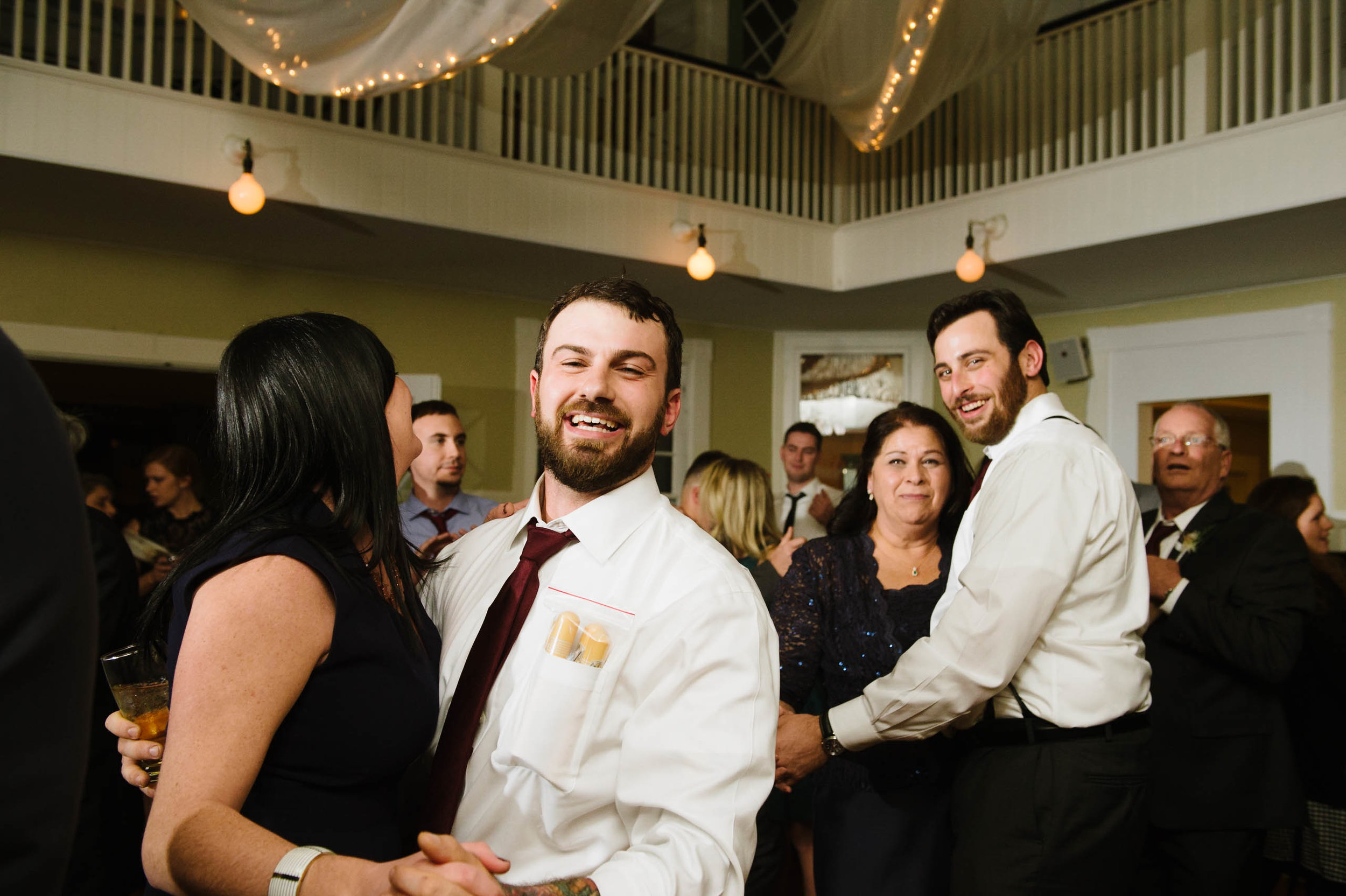 Masschusetts-Creative-Wedding27.jpg