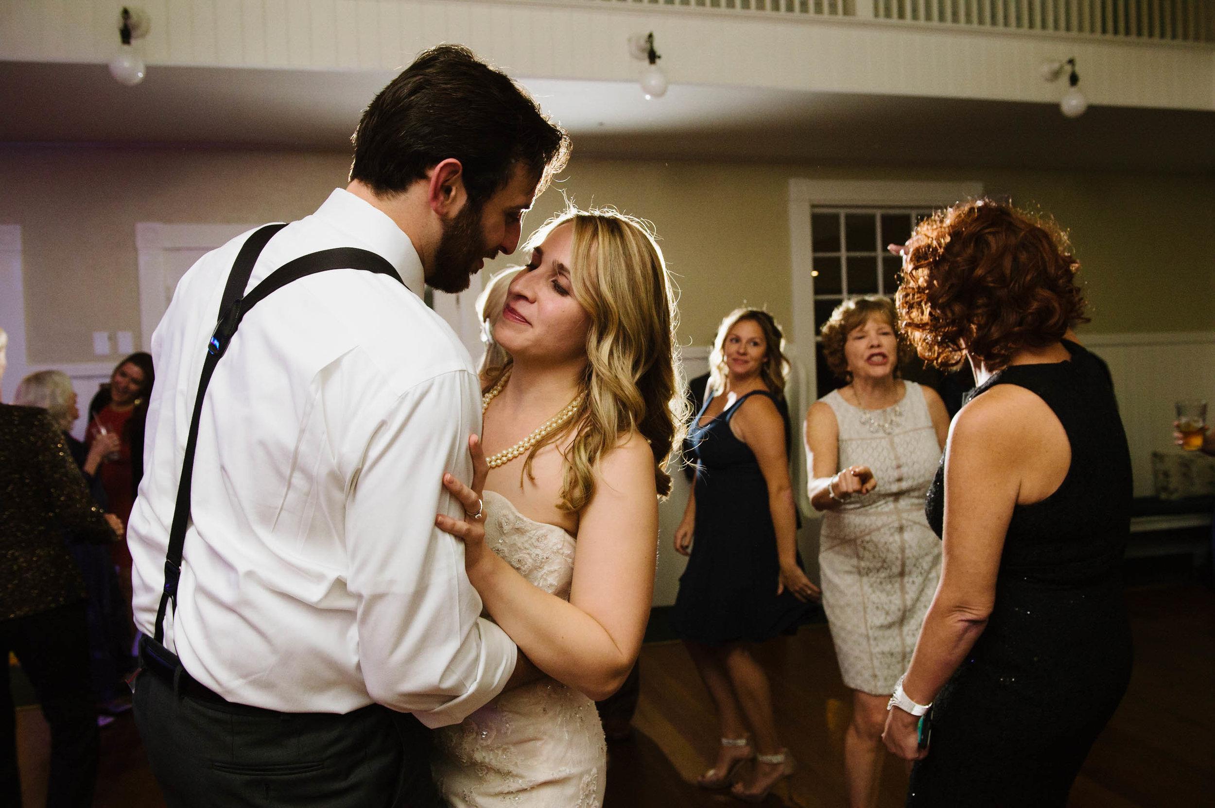 Masschusetts-Creative-Wedding35.jpg