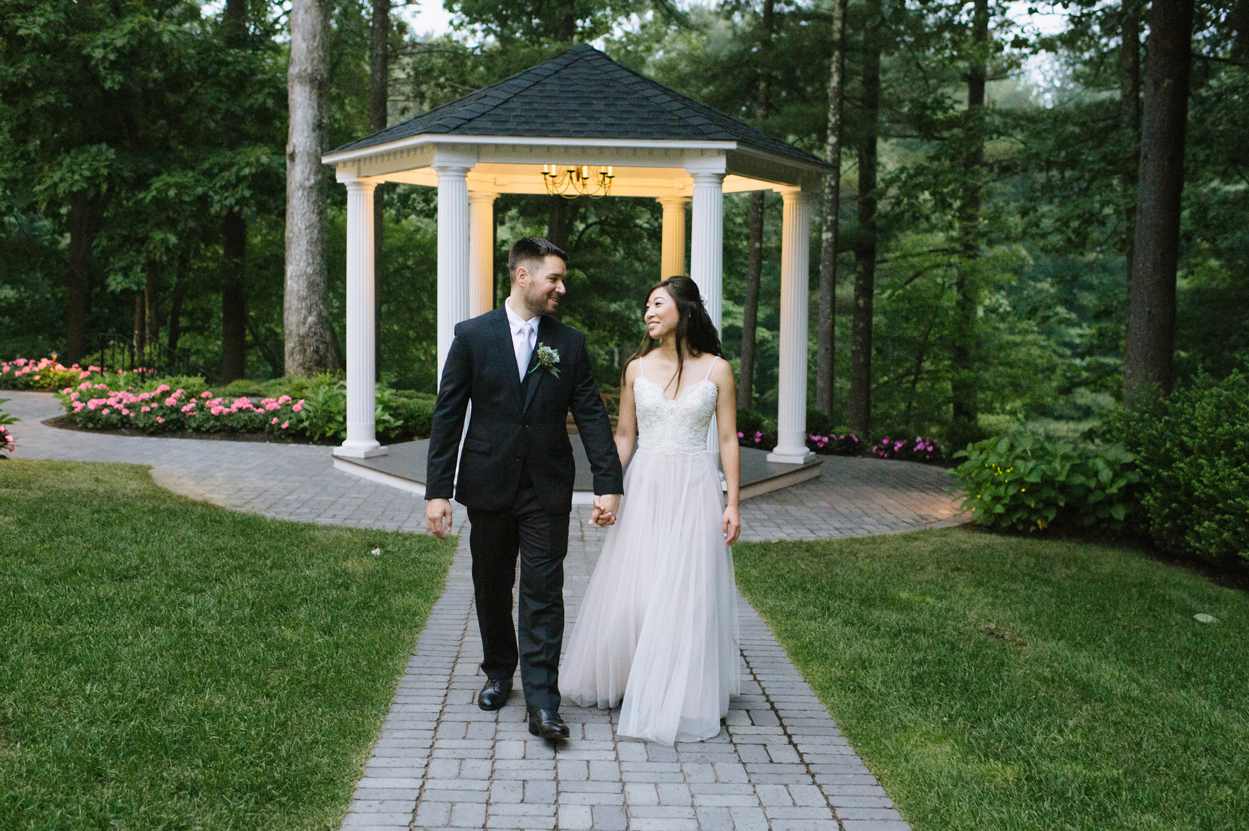 Lakeview-Pavilion-Wedding003.jpg