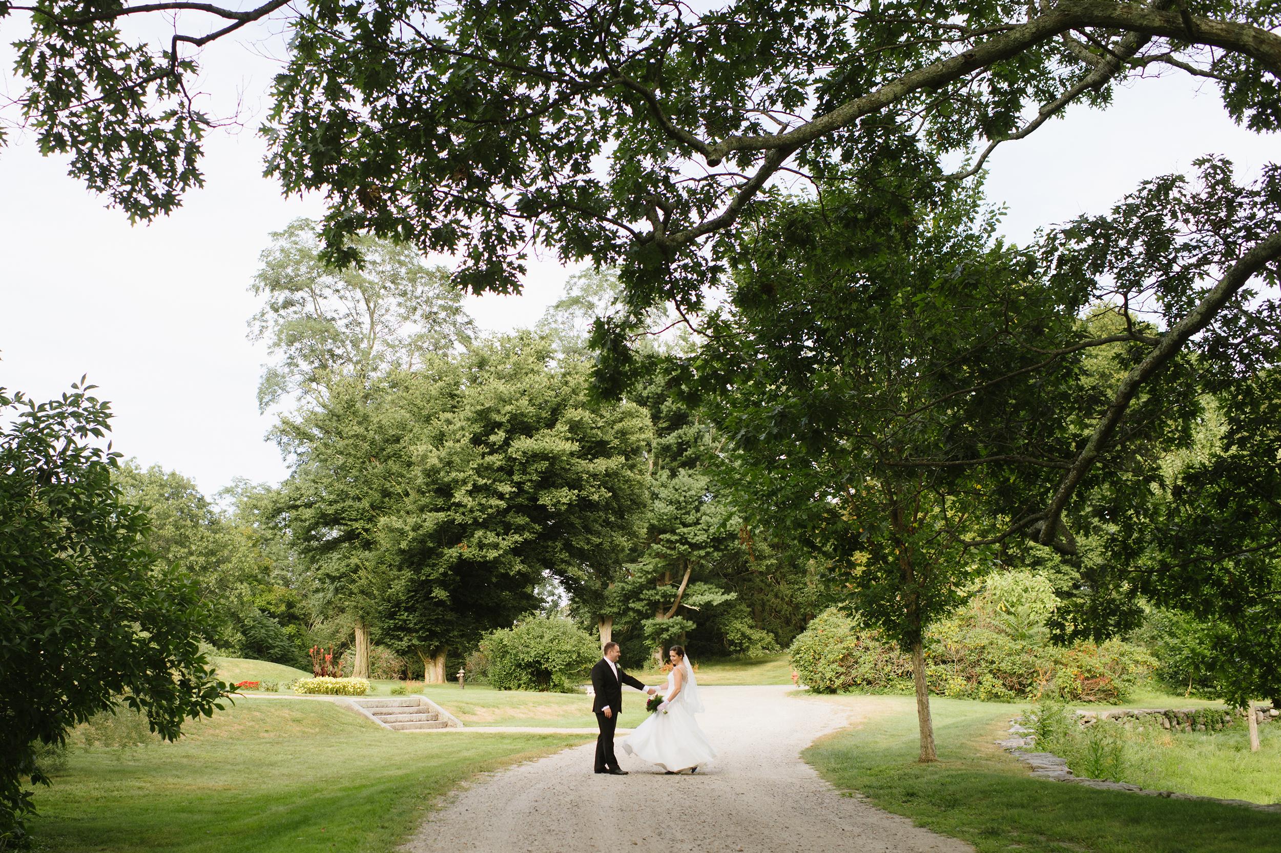 Codman-Estate-Wedding-Lincoln002.jpg