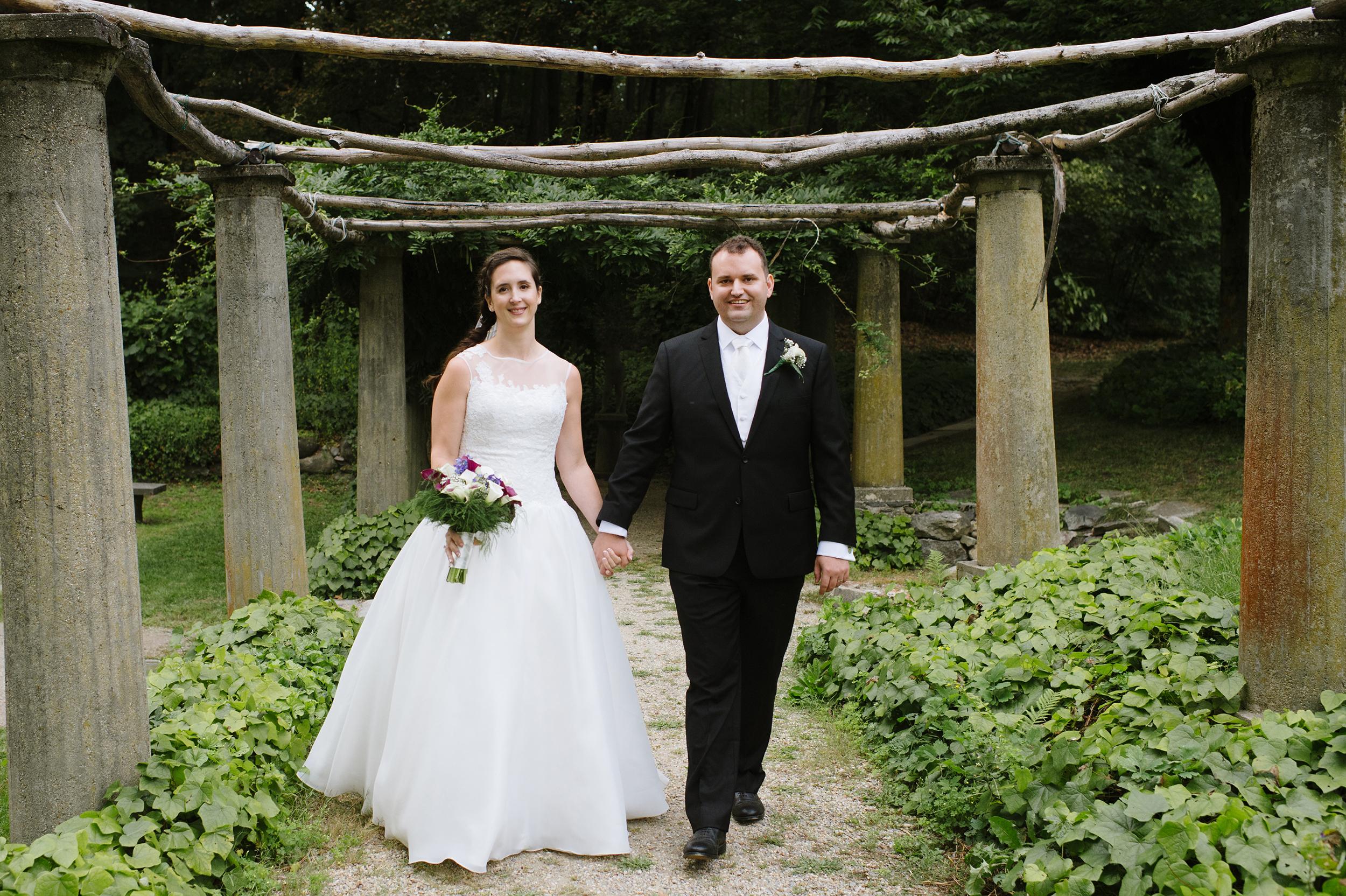 Codman-Estate-Wedding-Lincoln003.jpg