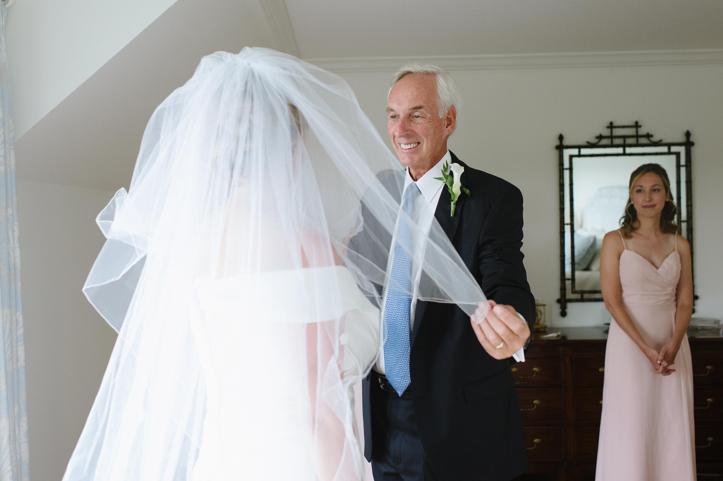 Popponesset-Inn-Wedding016.jpg
