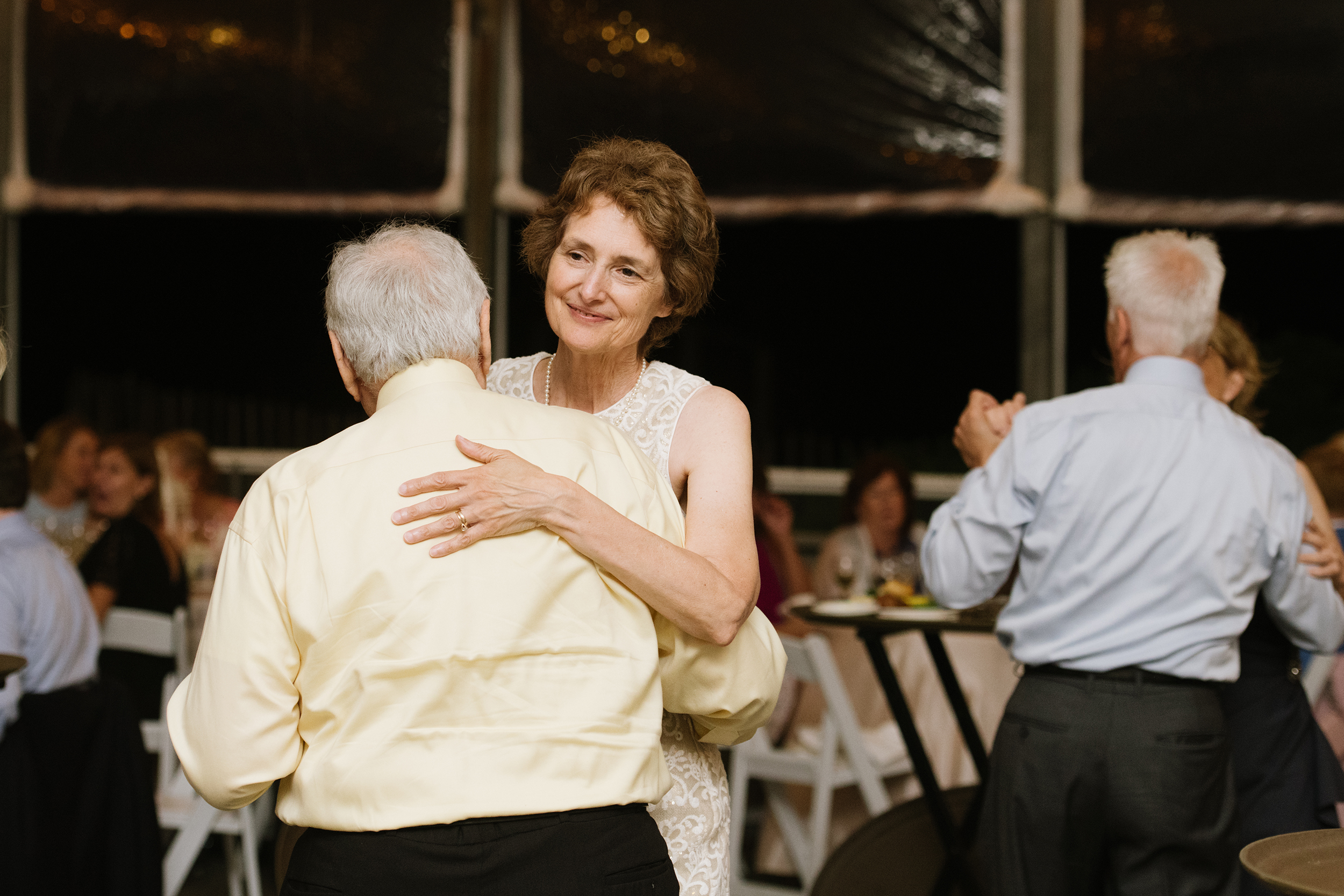 Popponesset-Inn-Wedding071.jpg