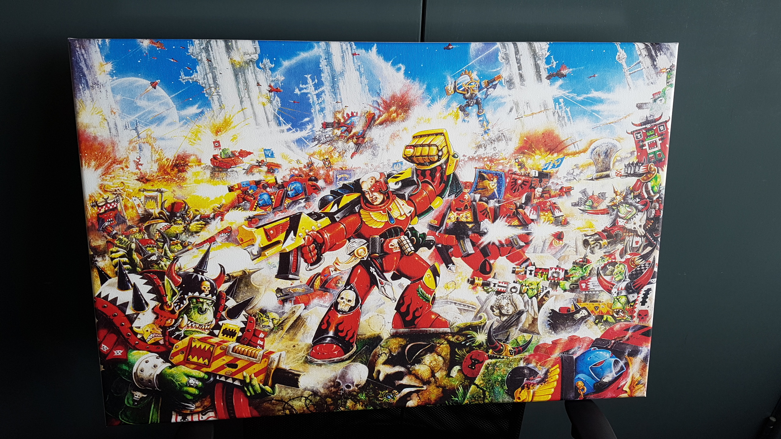"The canvas print measures 30""x20"". Click through to WarhammerArt.com to see more awesome artwork from the 40K universe!"