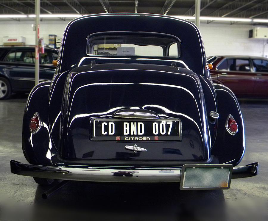 1956 Citroen Traction Avant back.jpg