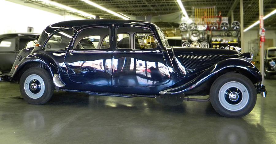 1956 Citroen Traction Avant Limosine.jpg