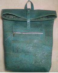 crossbody bag1.PNG
