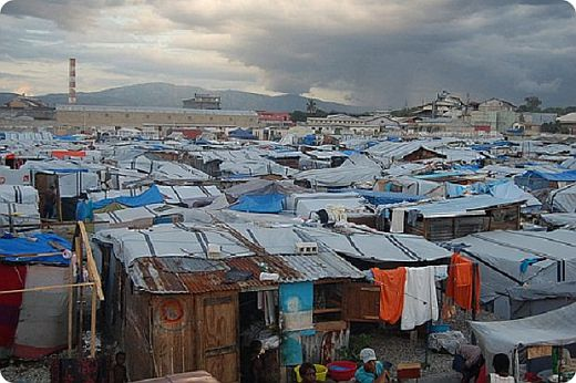 haiti_huette poverty.jpg