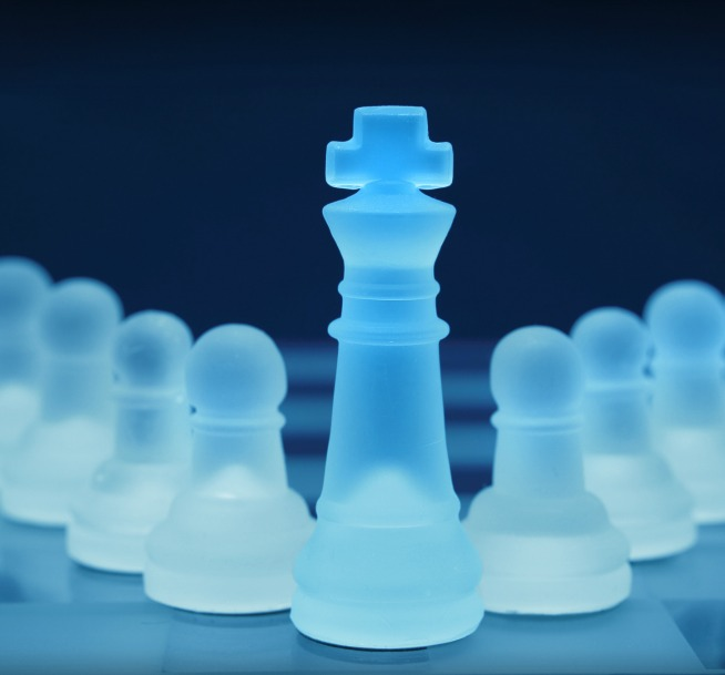 cr glass chess .jpg