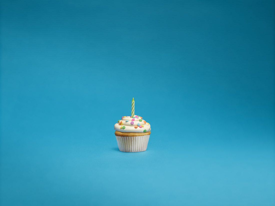 RESIZE.Caruso_Android_Cupcake.jpg