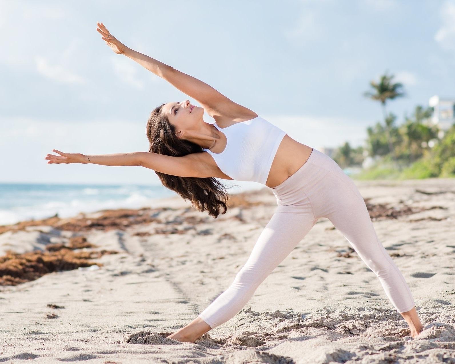 yoga + fitness -