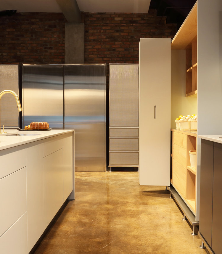 Integrated fridges, come and see them in our showroom!