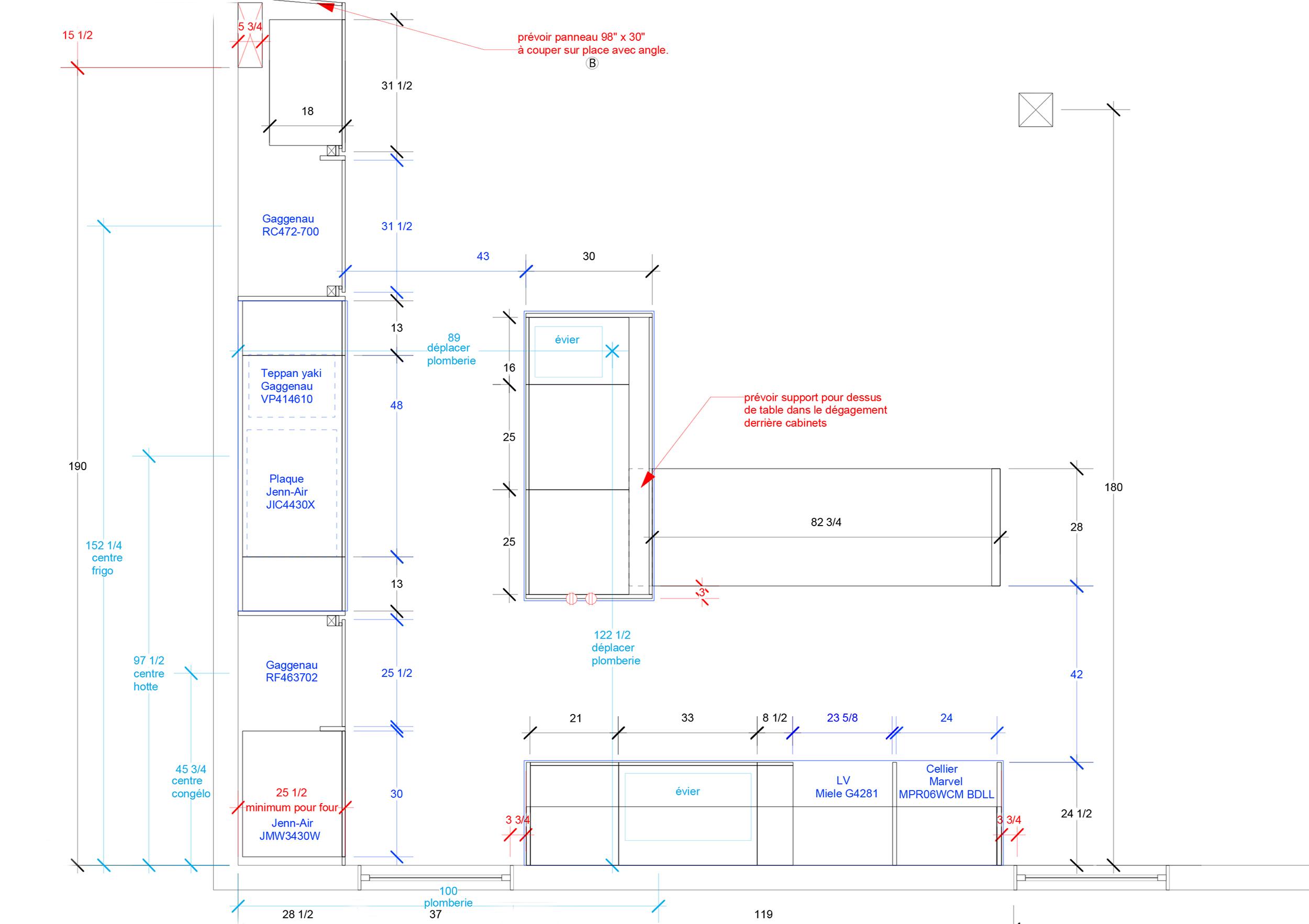 - Cette cuisine s'inscrit dans une rénovation complète d'un condo au dernier étage d'un triplex de Villeray. Puits de lumière et verrière sur le toit, la cuisine en périphérie de l'espace met de l'avant des matériaux riches et foncés soulignant la brèche de lumière qui égaye le centre de la pièce.Matériaux: laque de polyuréthane noire avec 30% de lustre, placage de noyer d'amérique noir huilé - effet planche, comptoir et dosseret de neolith.