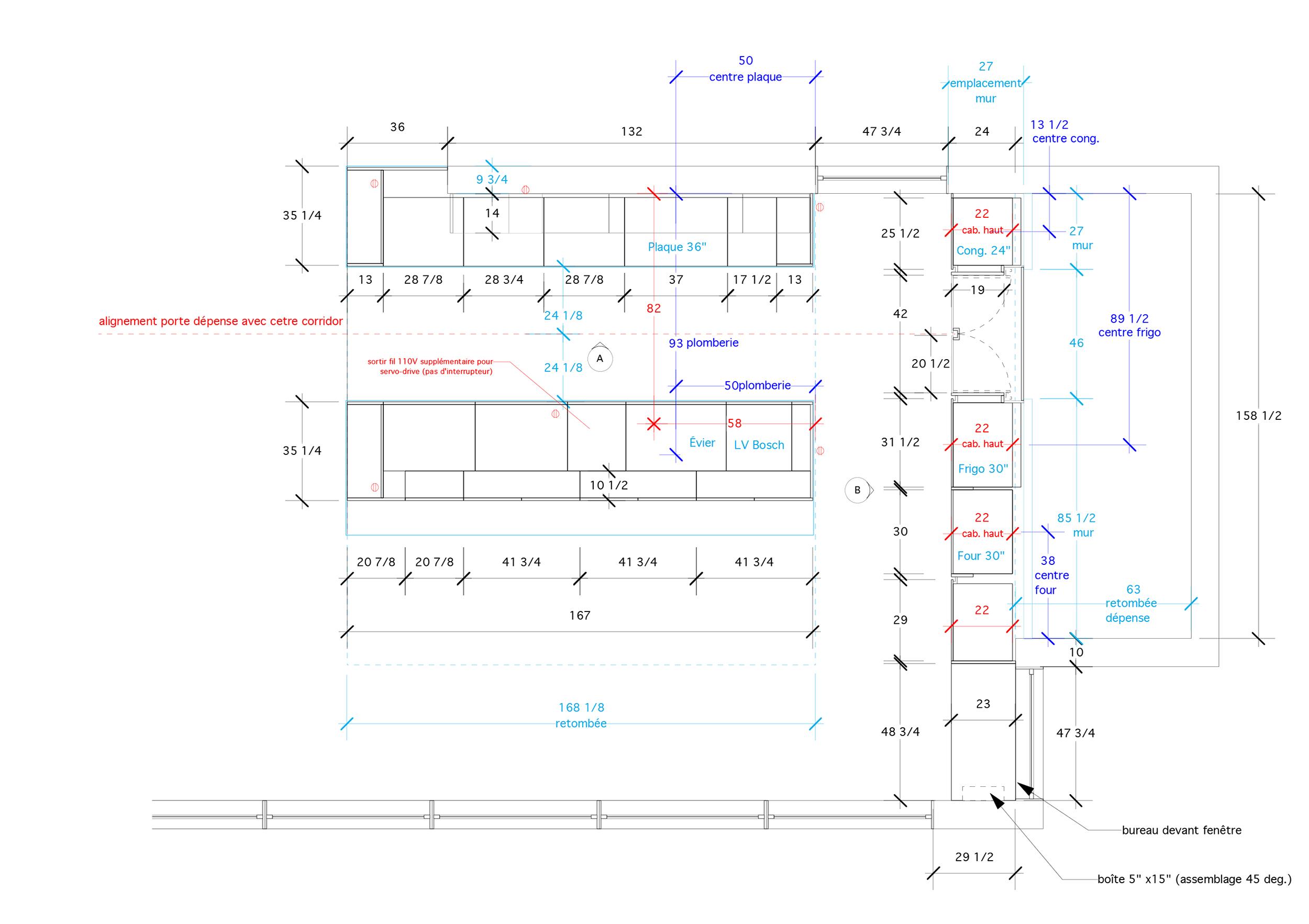 - Cette construction neuve dans la forêt laurentiennes est un projet d'envergure de la firme d'architectes Thellend Fortin. L'intégration de la cuisine est au coeur de l'action et propose un aménagement hyper fonctionnel qui privilégie l'espace de comptoir. La zone de rangement en hauteur dissimule un espace garde-manger et libère les élévations adjacentes.Matériaux: laque de polyuréthane blanche avec 30% de lustre, placage de noyer noir effet planche, comptoir quartz.