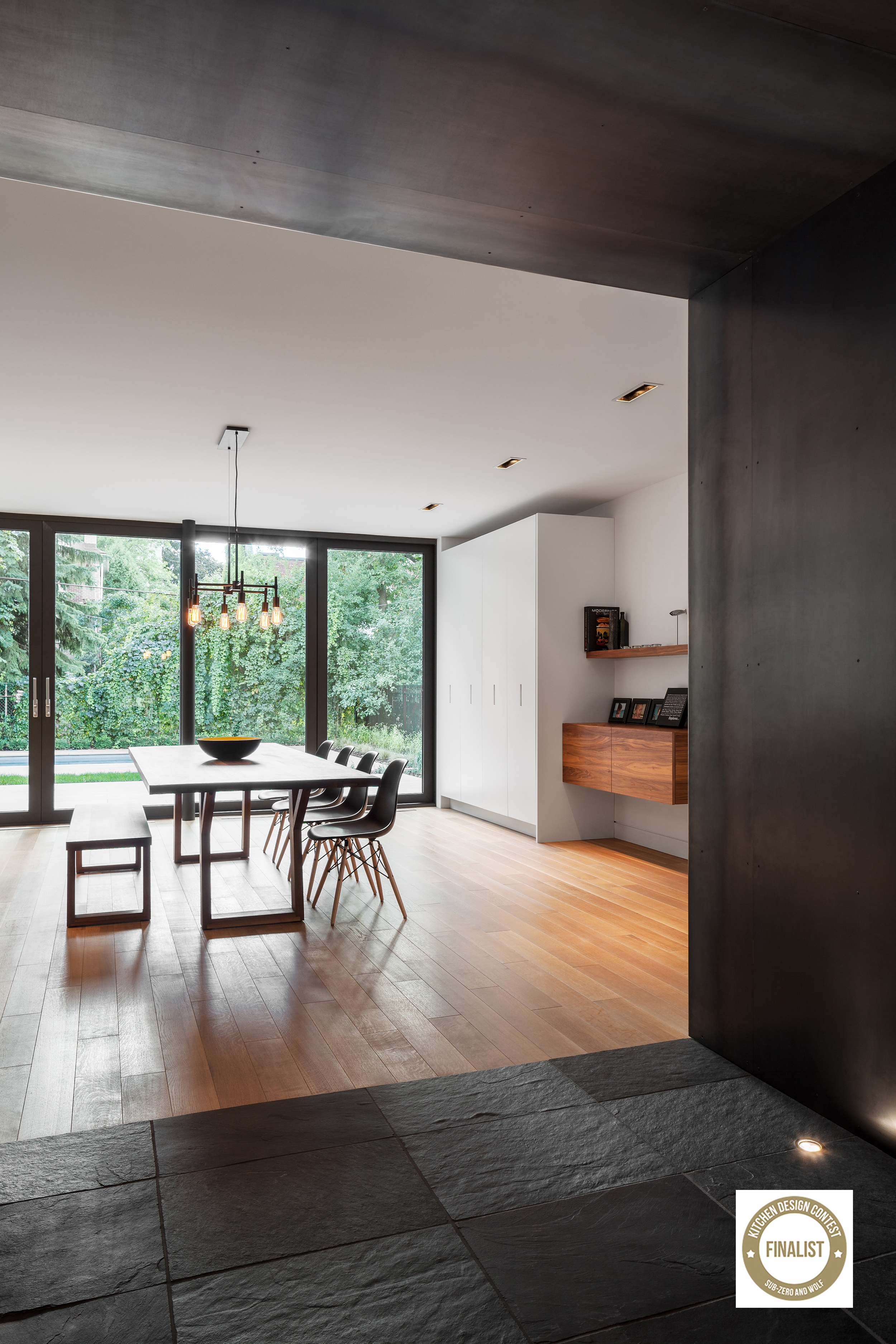 Photo credits:    Charles Lanteigne    / collaboration:    Thellend Fortin architectes     Finalist: Kitchen design countest Sub-Zero and Wolf