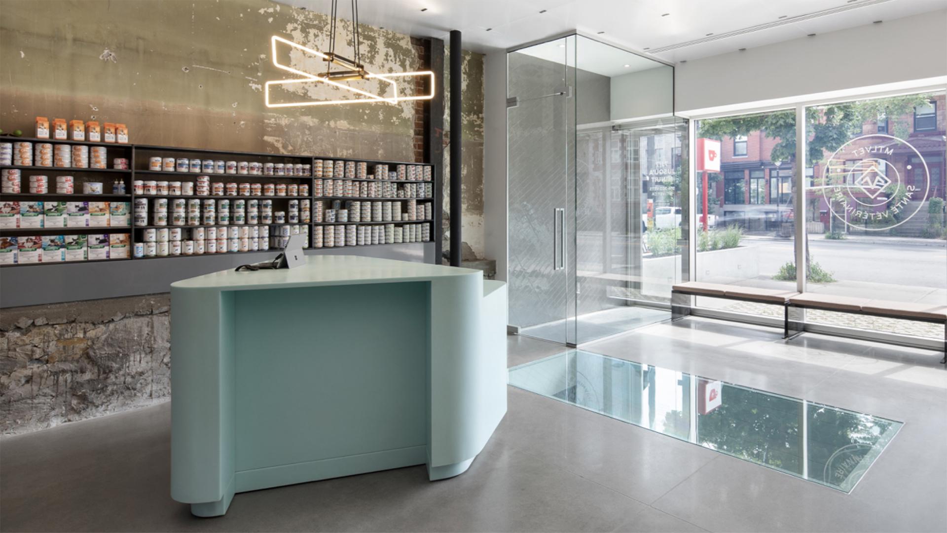 Design:T B A | Thomas Balaban Architecte avec Jean-Marc Renaud / Winner of the health office and clinic award