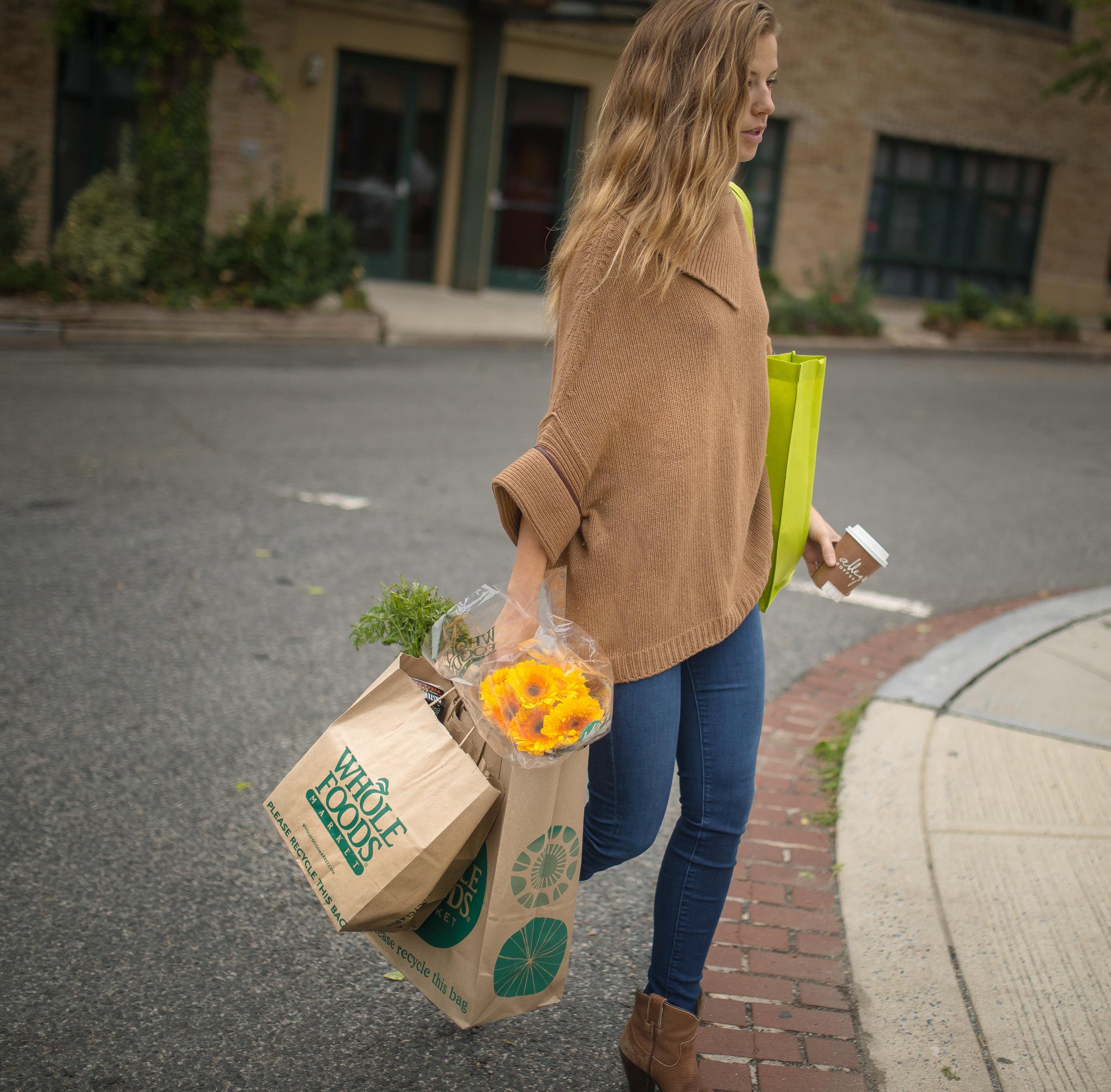 american_grocery_shopper