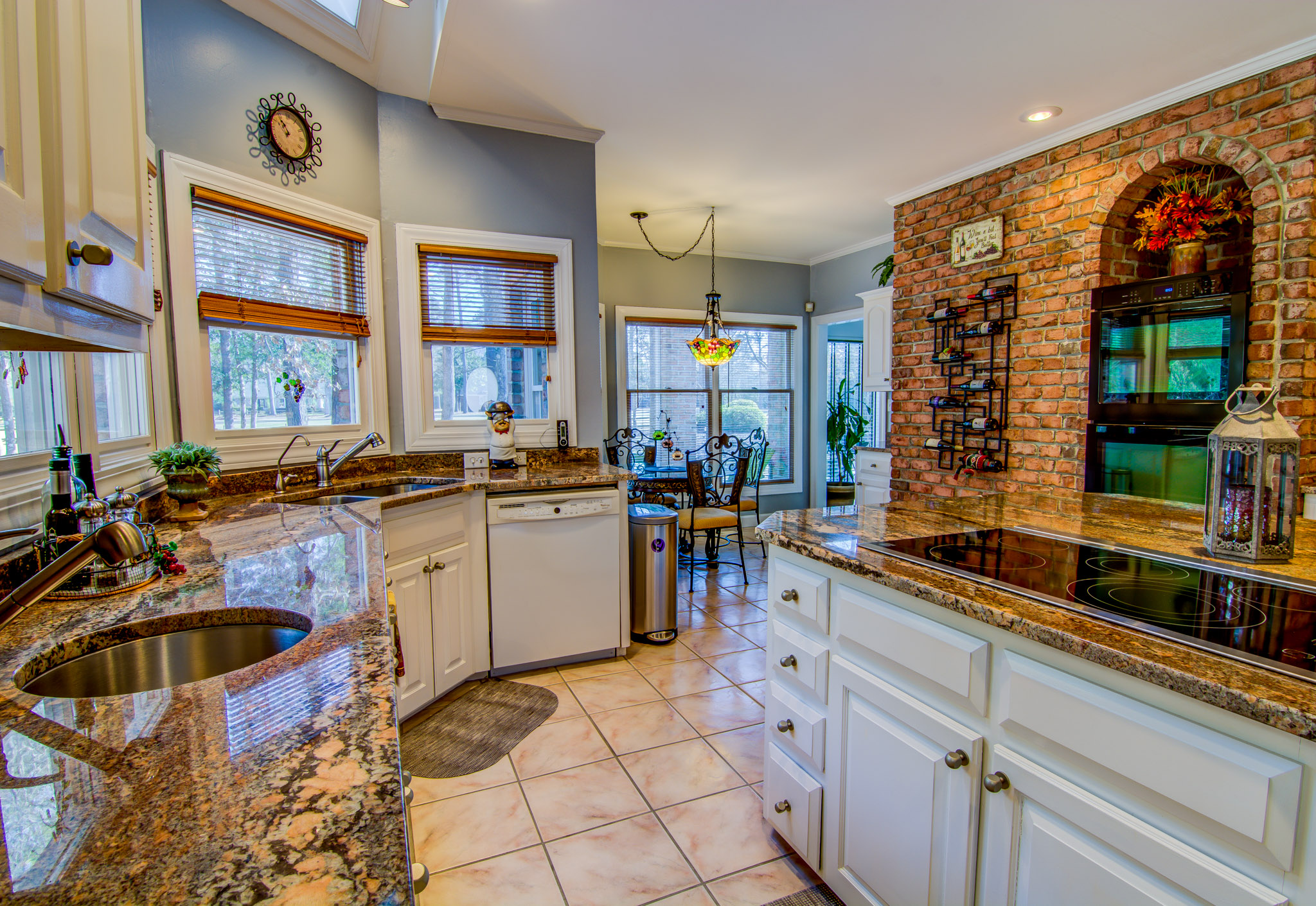 414 Hill Crest Dr Morehead City Kitchen