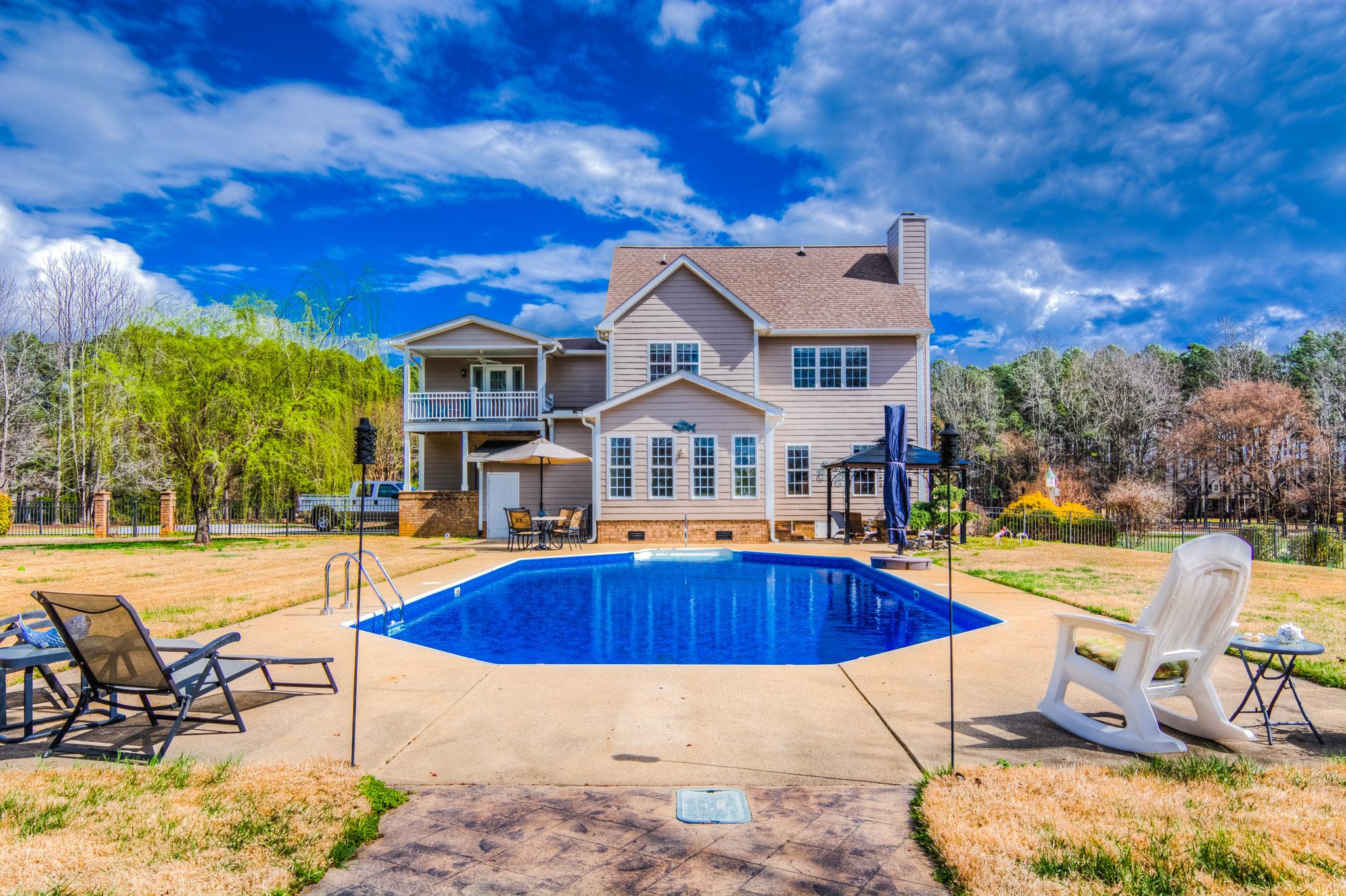 6822 Windchase Dr Goldsboro Exterior Pool