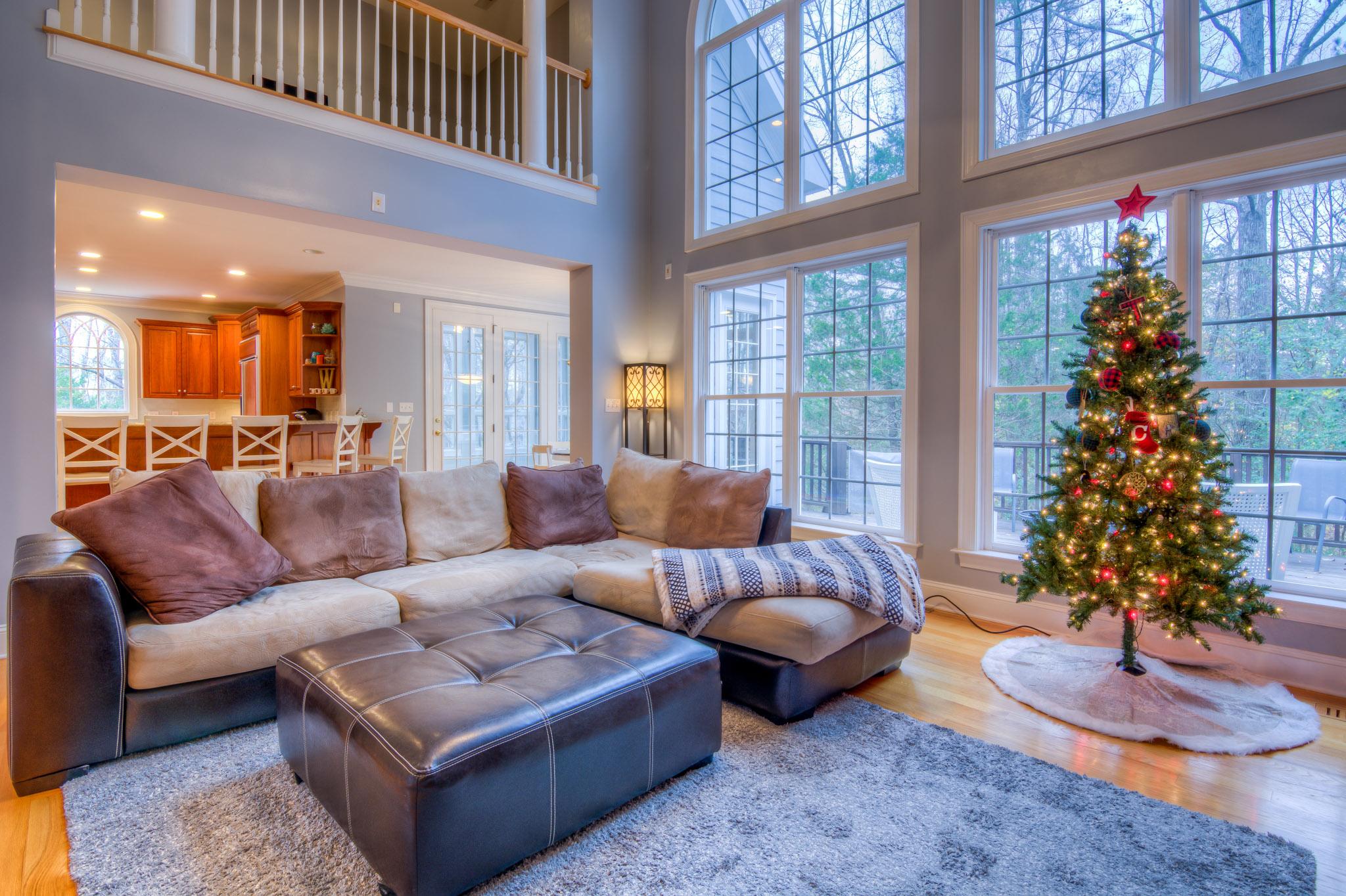 508 Vista Del Lago Raleigh Living Room
