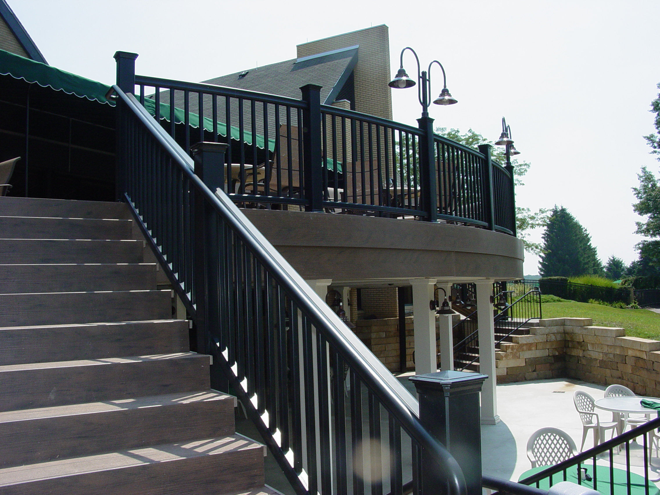 Curved TimberTech RadianceRail Railing