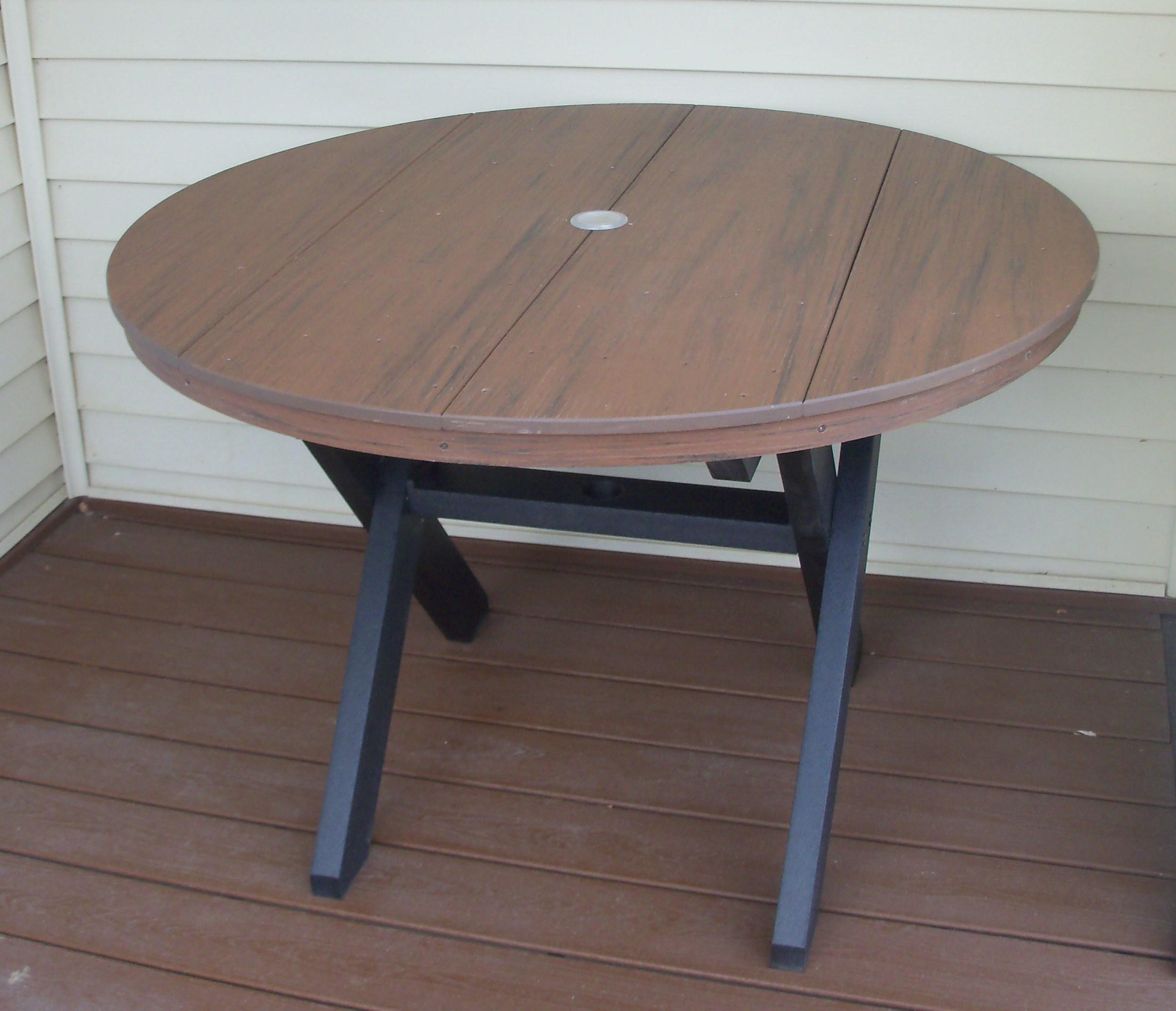 TimberTech Table