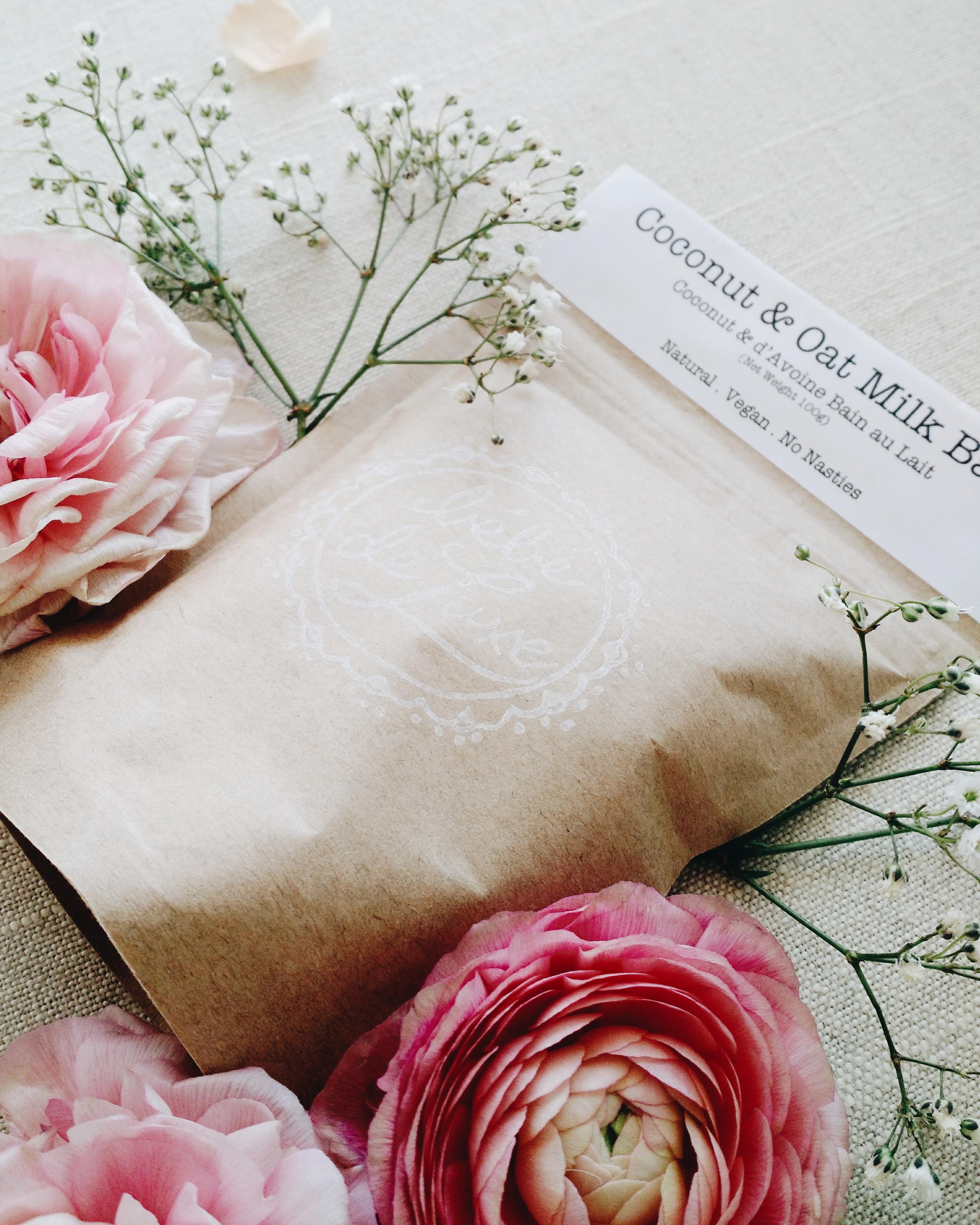 The One Bebe De Luxe floral bath with bébé de luxe — deck & oar