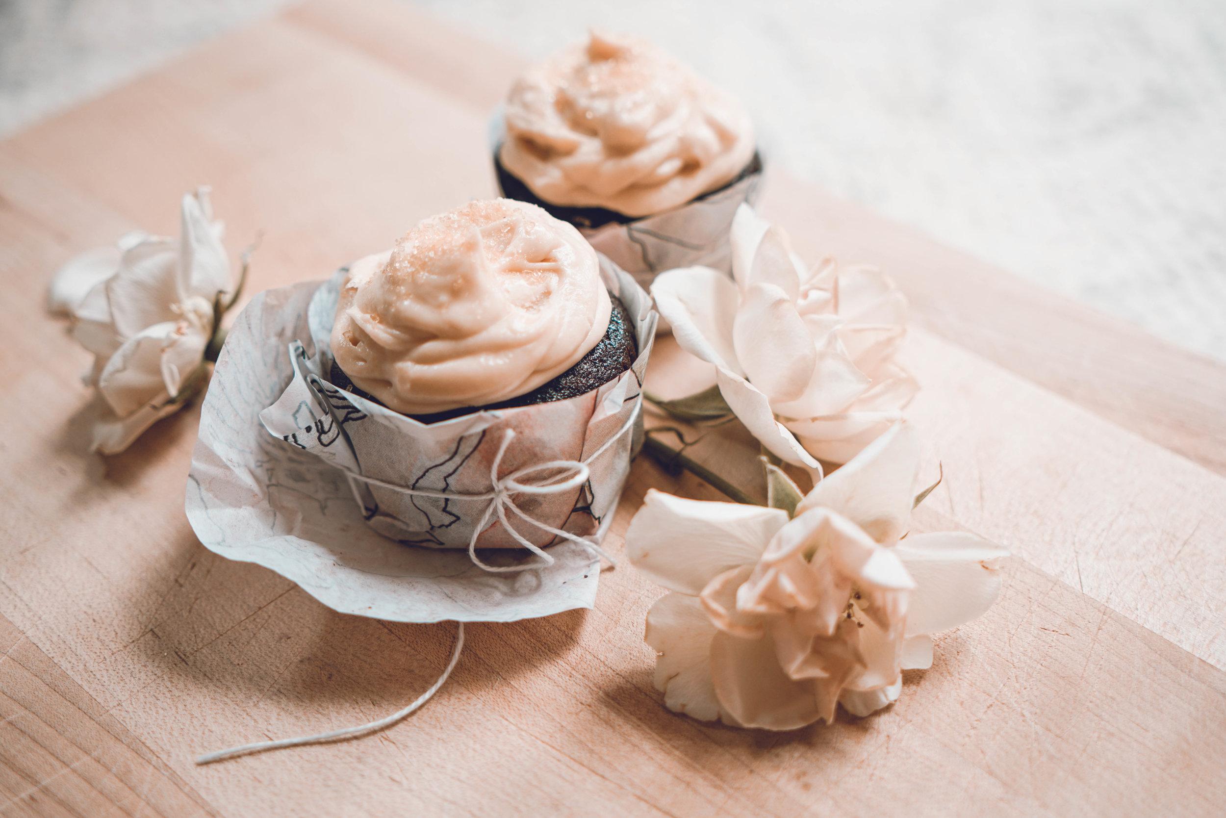 sugaredespressocupcakes-19.jpg