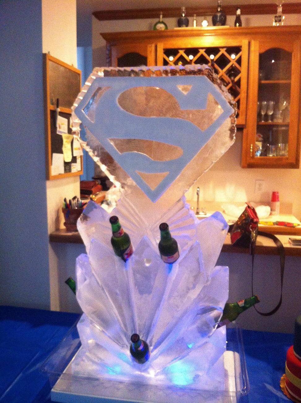 Superman logo bottle holder