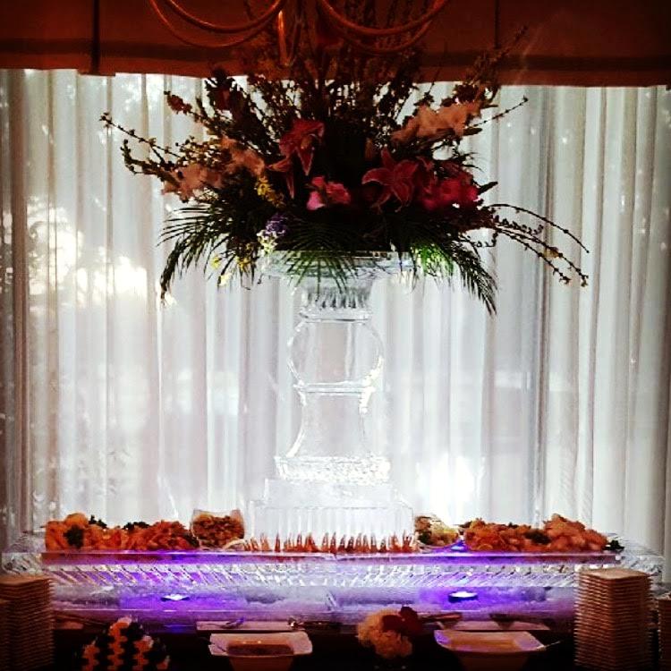 stellar-ice-sculpture-sculptures-buffet-plant-vase.jpeg