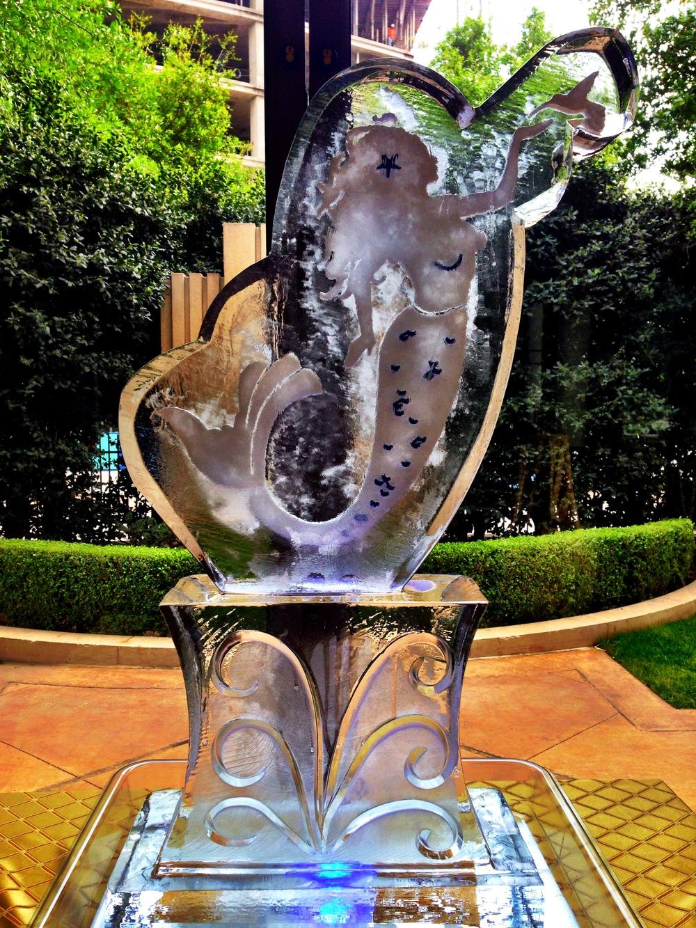 10) Mermaid Humminbird Ice Sculpture