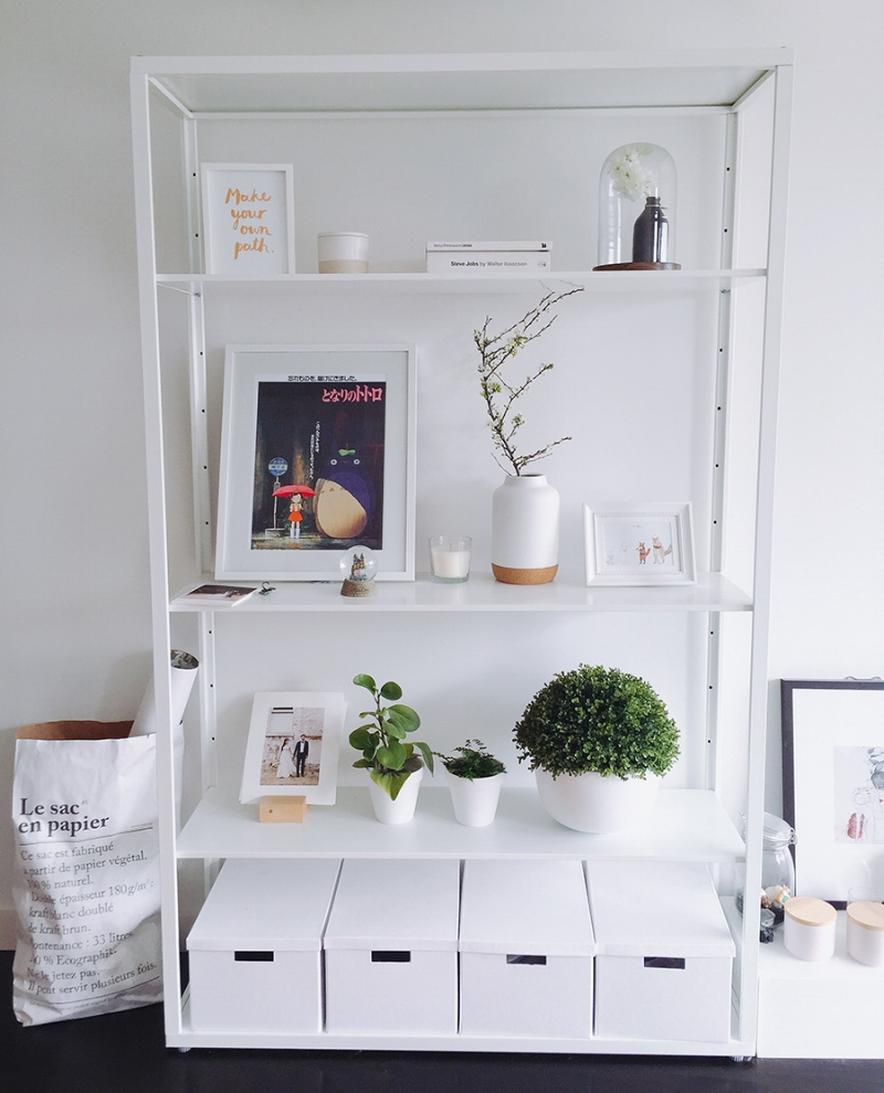 Shelf in my living room – I can't help but design and arrange things