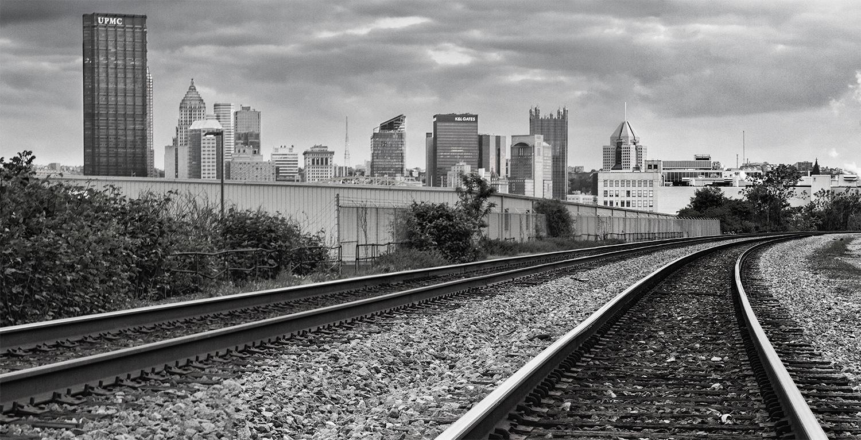 Pittsburgh-Skyline-Tracks-bw.jpg