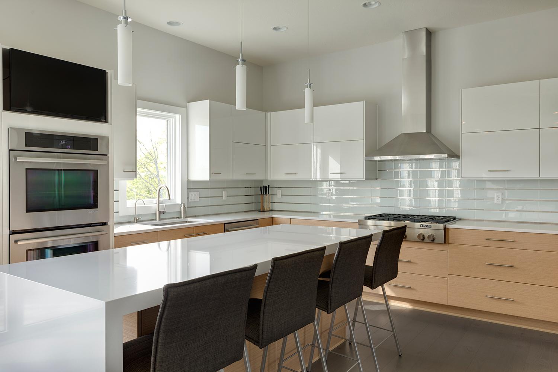 9811-Sumner-Madia-Homes-17.jpg