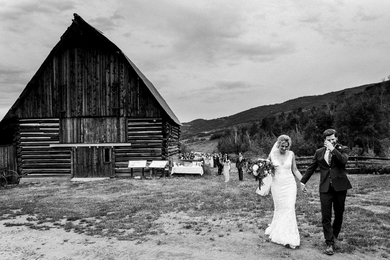 Collection 2 - $570010 hours of wedding day coverage5 hours of day before coverage+750 images delivered