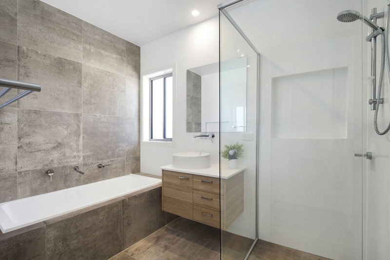 main-Bath-9341.jpg