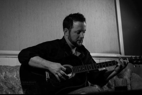 Fri. June 21st | 7-10pmJason Meeks - Come in and enjoy some fine acoustic tunes this Friday!
