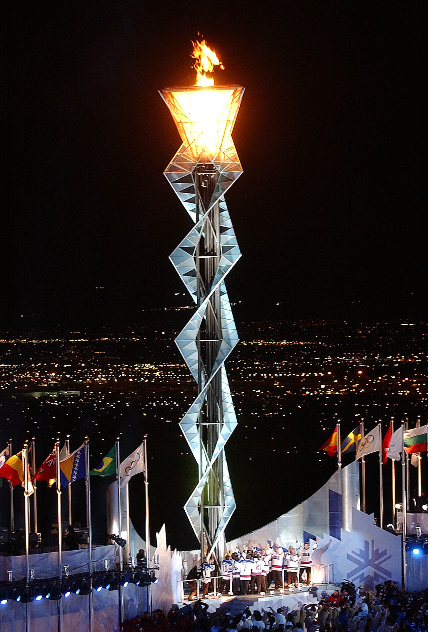 2002_Winter_Olympics_flame.jpg