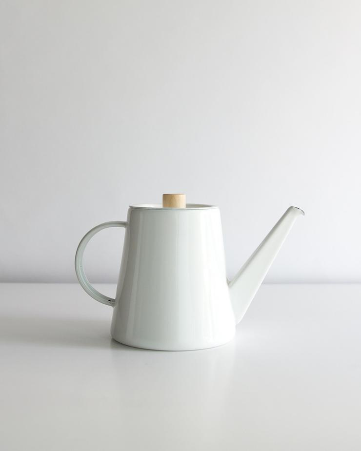 Kaico_Enameled_Pour_Over_Kettle_740x.jpg
