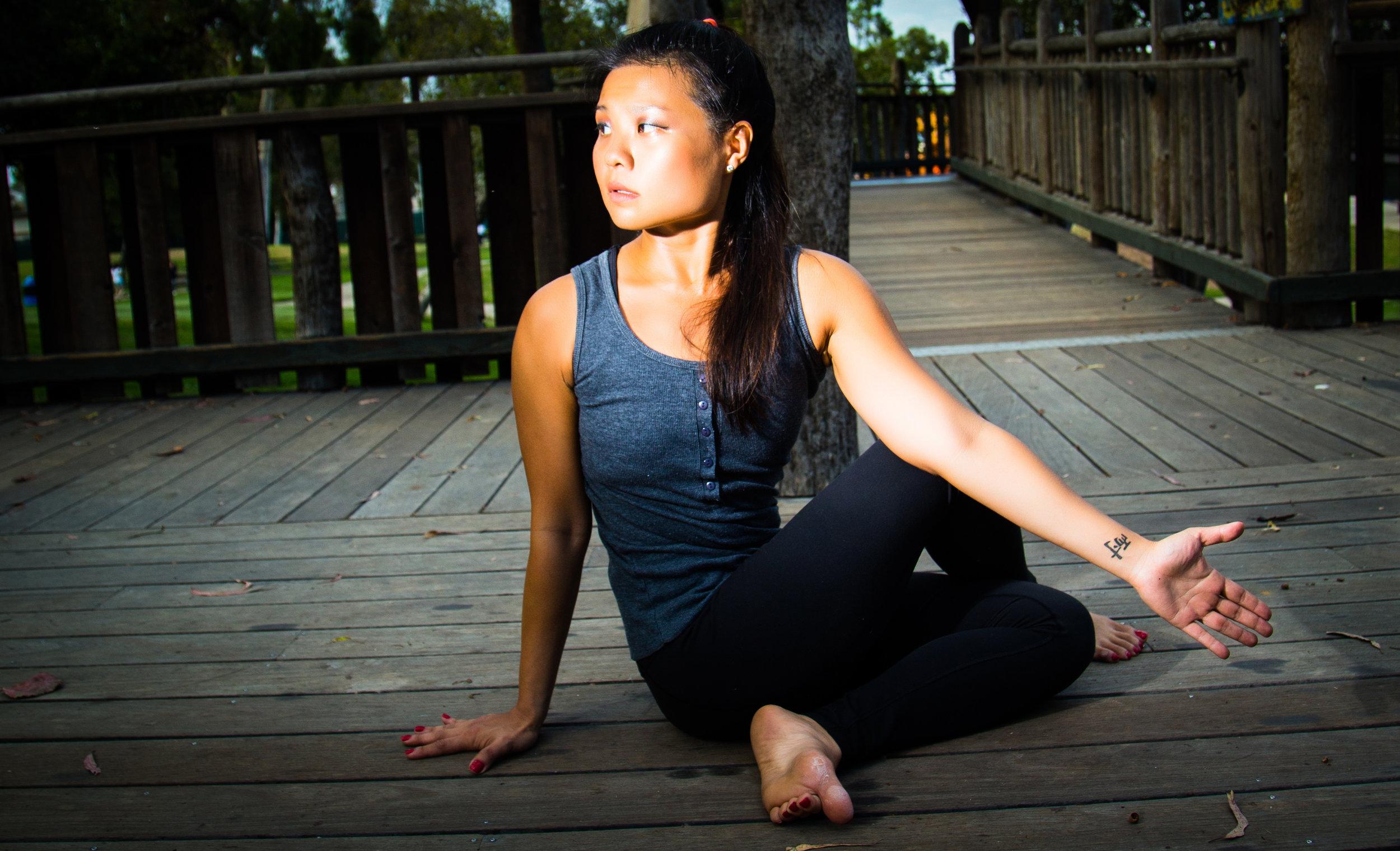 yan yoga set  02 edited-42.jpg