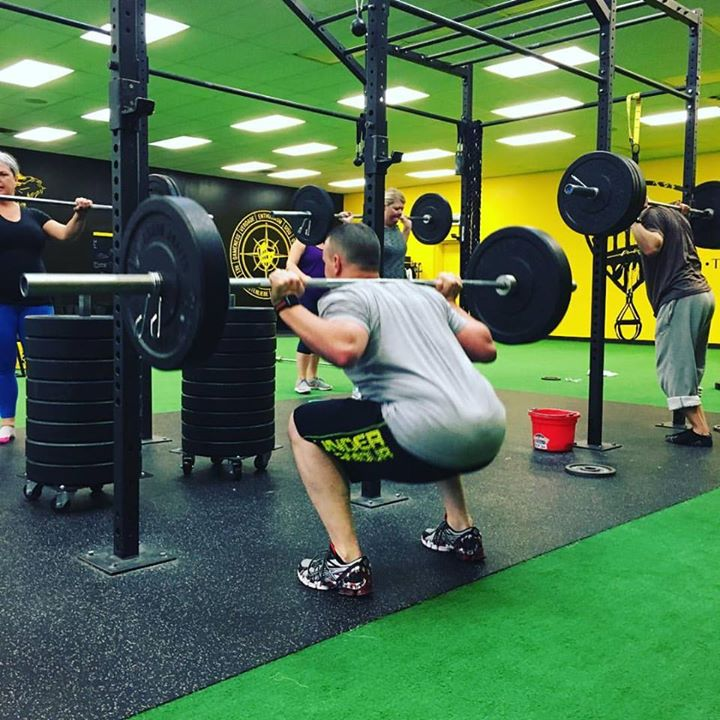 NOBODY IS GOING TO DO THE WORK FOR YOU WHEN LIFE BRINGS YOU DOWN 👇, ITS UP TO YOU TO DIG DEEP AND LIFT YOURSELF UP 👆 You got this! #minnesota #training #warrior #weekendwarrior #squats #fitness #fitnessmotivation #health #healthyhabi