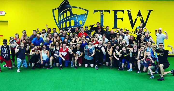 WHO GOES TO TRAINING FOR WARRIORS❓ ============== There are... Warriors who have 5 kids, and warriors who have none 👨👩👦👦👪 Warriors who like to lift, and Warriors who like to run 🏃 🏃 Warriors who sell real