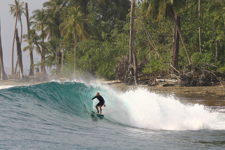 Mentawai Barrenjoey.jpg