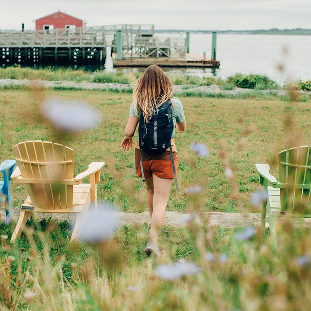 Taking a break from all our Wyoming pics to share what a wonderful adventure we had this weekend with @outdoorvoices @ovboston & @bostonharbornow  exploring Peddocks Island ( One of the Boston Harbor Islands) thanks so much to everyone who joined us and made this day possible! What a cool island and what a cool way to spend our Saturday! More pics to come this week 😊#backcountryyoga #bostonharbornow #bostonharborislands #doingthings #outdoorvoices #peddocksisland #boston #urbanwilderness #urbanadventures   📸 @kateinraw
