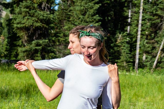 We're all in this game together.   📸@raschelk ⠀⠀⠀⠀⠀⠀⠀⠀⠀ #backcountryyoga #breatheoutside #forceofnature #stretch #yellowstone2019 #yellowstone #backcountry #optoutside #breatheout #breatheinbreatheout #yoga #yogaoutside #gooutside #getoutside #hiking #backpacking #lifeoutside